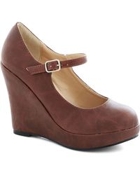 ModCloth Walk with Confidence Wedge in Chestnut - Lyst