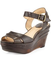 Frye Carlie Leather Wedge Sandal - Lyst