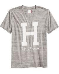 Tommy Hilfiger V-Neck T-Shirt gray - Lyst