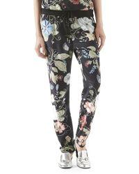 Gucci Flora Knight-Print Silk Jogging Pants floral - Lyst