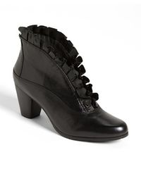 Everybody 'kava' Bootie - Black
