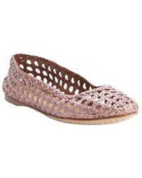 giraffe WALK - Rose Metal Basket Weave Perforated Leather 'channai' Flats - Lyst
