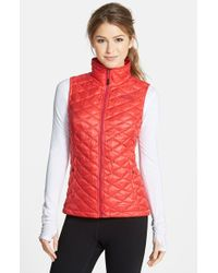 The North Face 'Thermoball' Primaloft Vest red - Lyst