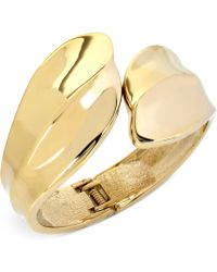 Hint Of Gold - Bypass Bangle Bracelet In 14k Gold-plating - Lyst