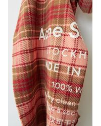 Acne Studios - Cassiar Check Rose pâle/carreaux camel Écharpe à carreaux avec logo - Lyst