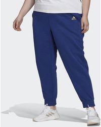adidas Essentials Warm Golden Logo Broek (grote Maat) - Blauw