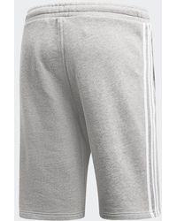 adidas Originals Graue Jersey-Shorts mit 3-Streifendesign, DH5803