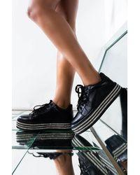 AKIRA Touch The Sky Sneaker - Black