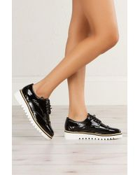 AKIRA Oxford Lace Up Flatform - Black