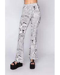 AKIRA Extra Extra Newsprint Flare Pants - White