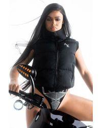 AKIRA The Ak Crop Puffer Vest - Black
