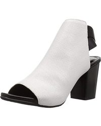 Kenneth Cole Reaction Frida Fly - White