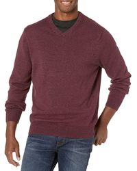 Amazon Essentials Midweight V-Neck Sweater pullover-sweaters - Morado