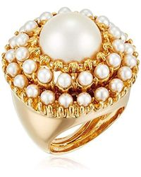 Kenneth Jay Lane - Gold And Pearl Cabochons With Pearl Center Round Ring, Size 5-7 - Lyst