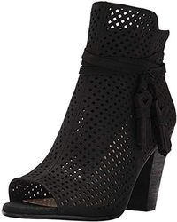 Vince Camuto - Kamey Ankle Boot - Lyst