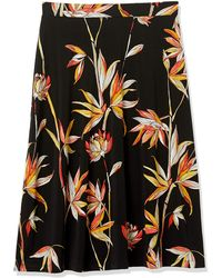 Kasper Birds Of Paradise Midi Flared Skirt - Black