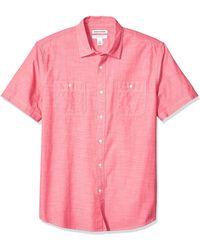 Amazon Essentials Regular-Fit Short-Sleeve Chambray Shirt Novelty - Rouge