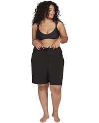 """Volcom Plus Size Simply Solid 11"""" Shorts - Black"""