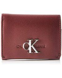Calvin Klein Ckj Monogram Hw Micro Trifold - Rojo