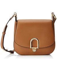 Michael Kors Delfina LG Saddle Bag Acorn in braun | fashionette