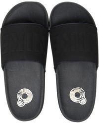 Nike Offcourt Slide Trainer - Black