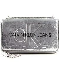 Calvin Klein Convertible EW Flap Crushed Silver - Mettallic