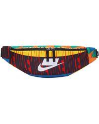 Nike BA6332-010 Sac Banane de Sport e Multicolore Taille Unique