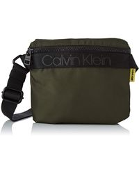 Calvin Klein NASTRO Logo Mini Reporter - Grün