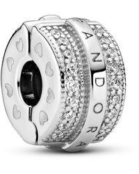 PANDORA Charm con logo in argento e zirconi. - Metallizzato