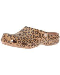 Crocs™ Freesail Graphic Clog , Zuecos para Mujer