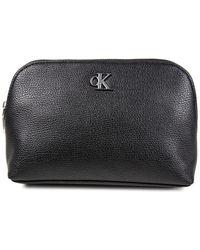 Calvin Klein Minimal Monogram Make Up Bag - Noir