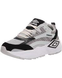 Umbro Mens Neptune Sneaker - Black