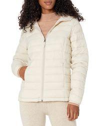 Amazon Essentials Lightweight Water-resistant Packable Hooded Puffer Jacket Down Alternative Coat - Natural