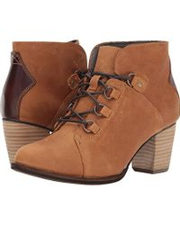 Caterpillar - Arbor Waterproof Lace Up Bootie With Stacked Heel Ankle Boot - Lyst