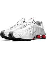 Nike Mens Shox R4 Sneakers New, WhiteSilverRed BV1111 100