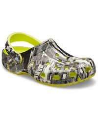 Crocs™ Erwachsene and Classic Graphic Slip On Water Shoes Clog - Grau