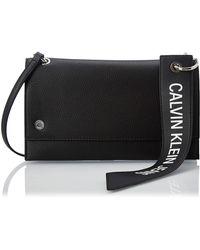 Calvin Klein Ckj Banner Shoulder Flap Bag - Noir