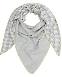 S.oliver Gemusterter Schal mit Kontrastnaht grey check 1 - Grau