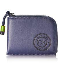 Calvin Klein Availed Zip Around Wallet - Azul