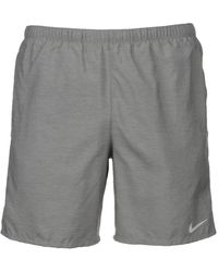 Nike Challenger Shorts - Grau