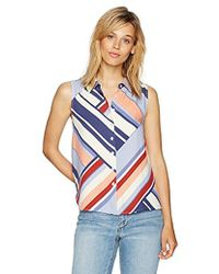 PARIS SUNDAY - Sleeveless Collared Button Front Top - Lyst