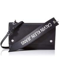 Calvin Klein Ckj Banner Shoulder Flap Bag - Negro