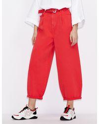 Armani Exchange Pantalones cinco bolsillos J74 de corte relajado con cinturón - Rojo