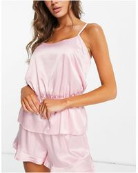 Miss Selfridge – satin-pyjama aus camisole und shorts - Pink