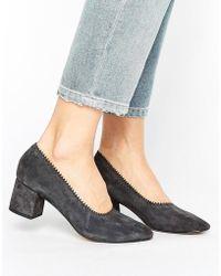Mango Suede Block Heel Court Shoe - Grey