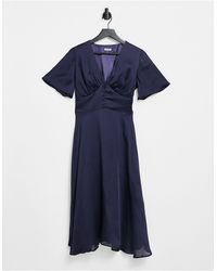 Chi Chi London Темно-синее Приталенное Платье Миди С Застежкой На Пуговицы И Расклешенными Рукавами -темно-синий