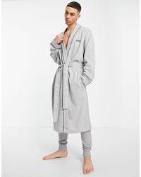 BOSS by Hugo Boss Bata gris estilo kimono con logo
