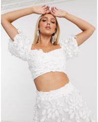 Love Triangle Top à épaules dénudées d'ensemble avec dentelle 3D - Blanc