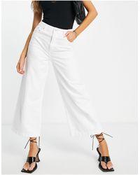 French Connection Jeans a fondo ampio corti a vita alta bianchi - Bianco