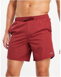 ASOS 4505 Gym To Swim - Pantaloncini da bagno con fondo arrotondato - Rosso